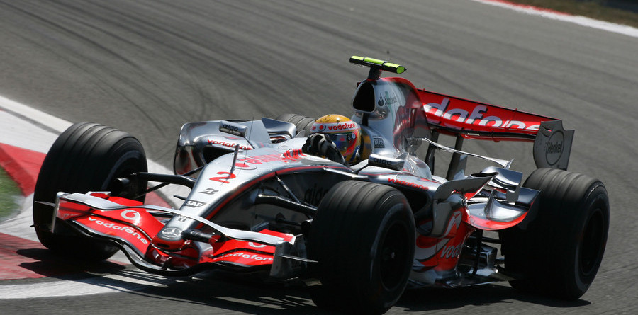 Hamilton leads on day one of Monza test