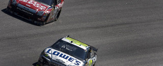 NASCAR Sprint Cup Johnson, Edwards title fight closes up