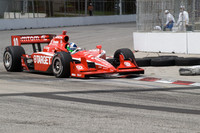 Franchitti survives frantic Toronto street fight 