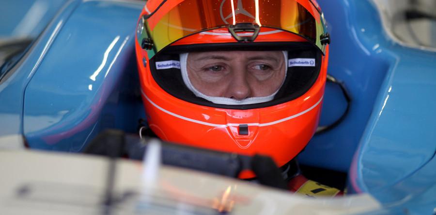 Schumacher's GP2 car test dampened by weather