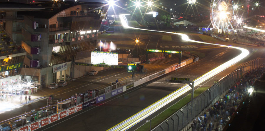 Halfway at Le Mans: Audi on the move