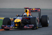 Valencia kicks off pre-season testing, Vettel on top