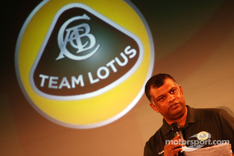 Team Lotus to use KERS in 2012 - Fernandes