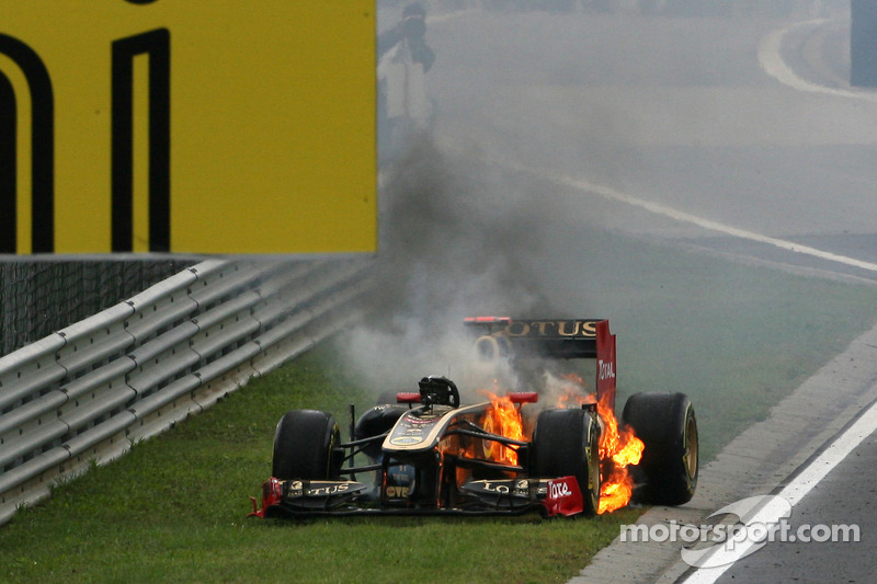 Renault Writes Off Car After Hungary Explosion