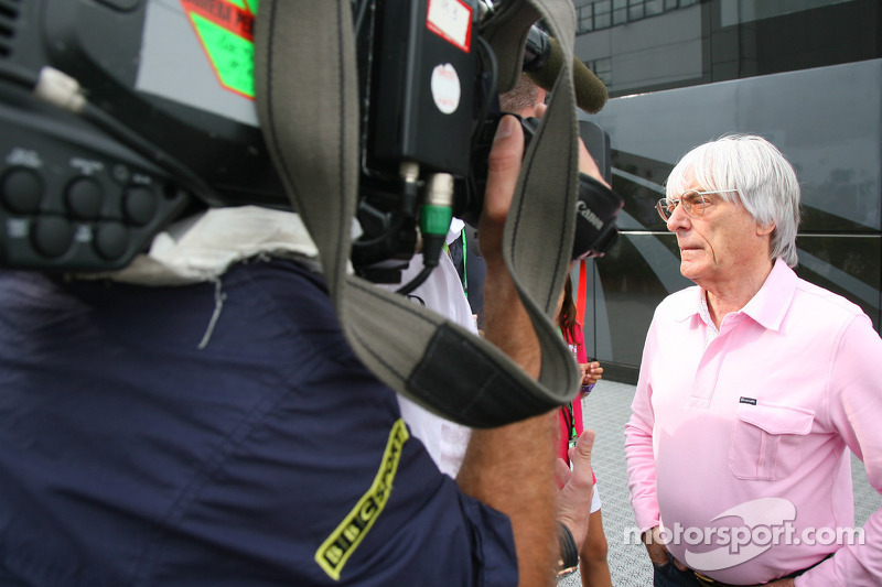 Ecclestone not ruling out split TV rights in other markets