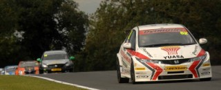 BTCC Home hero Shedden takes Race 2 at Knockhill