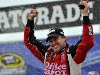 Stewart savors Chicagoland Sprint Cup victory