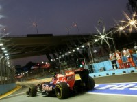 Top drivers defend quiet 'Q3' in Singapore