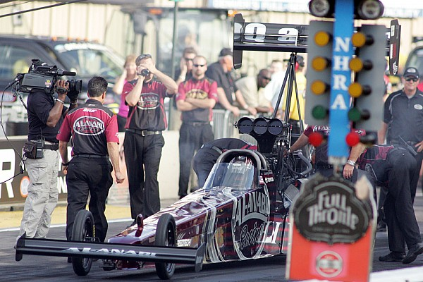 NHRA teams set for season penultimate event at Las Vegas