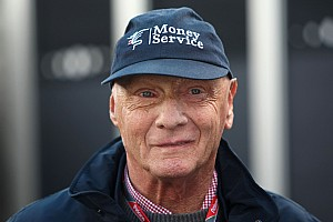 Formula 1 V6 engine rules 'good compromise' - Lauda