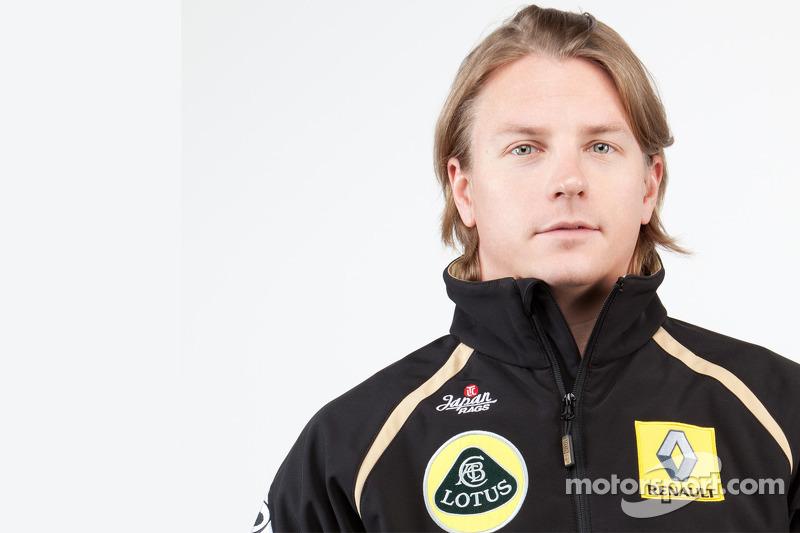 Raikkonen expects to fight in 2012 midfield