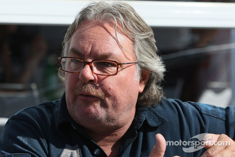 Keke Rosberg tips Caterham to step up in 2012