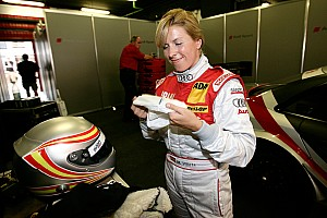 Formula 1 Maria de Villota signs with 2MB Sports Management as she targets a career in F1