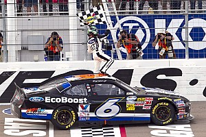 Stenhouse Jr. takes RFR to victory at Las Vegas