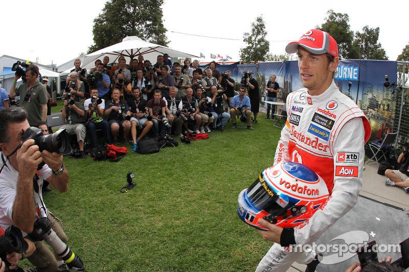 McLaren drivers fastest in practice 1 for Australian GP