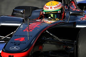 Formula 1 Hamilton takes pole position for season opener in Australia