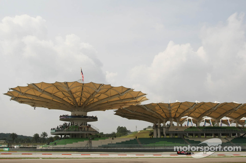 Toro Rosso Malaysian GP - Sepang Friday report