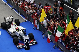 Sauber bans Perez's father