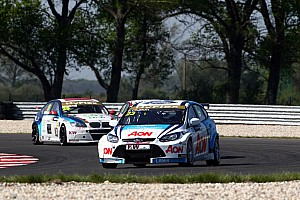WTCC Team Aon Race of Hungary event summary