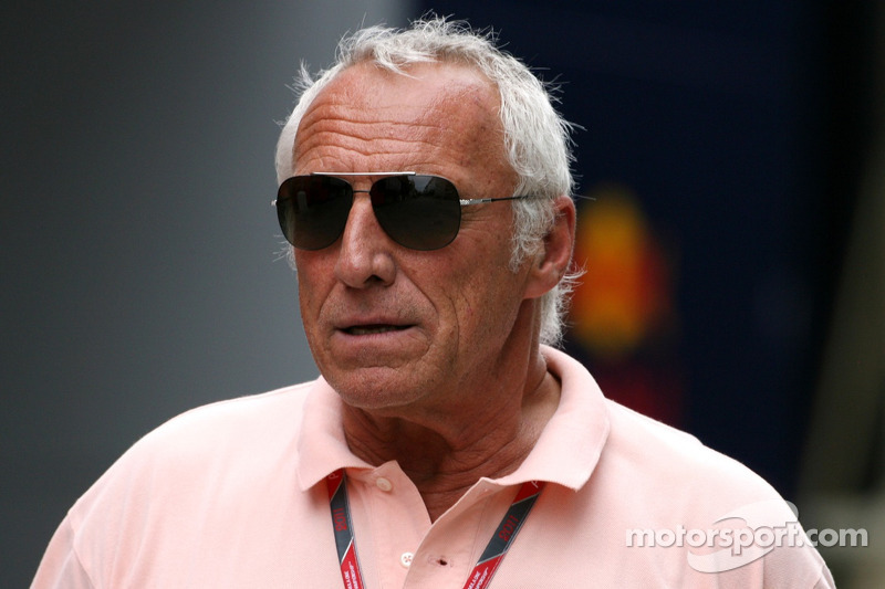 Mateschitz hopes Webber stays at Red Bull
