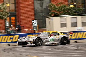 SRT Viper GTS-R shows improvement at Baltimore