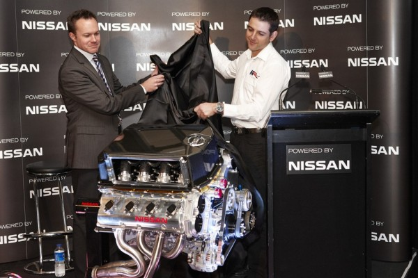 Nissan and Kelly Racing unveil engine technology in Melbourne - Video