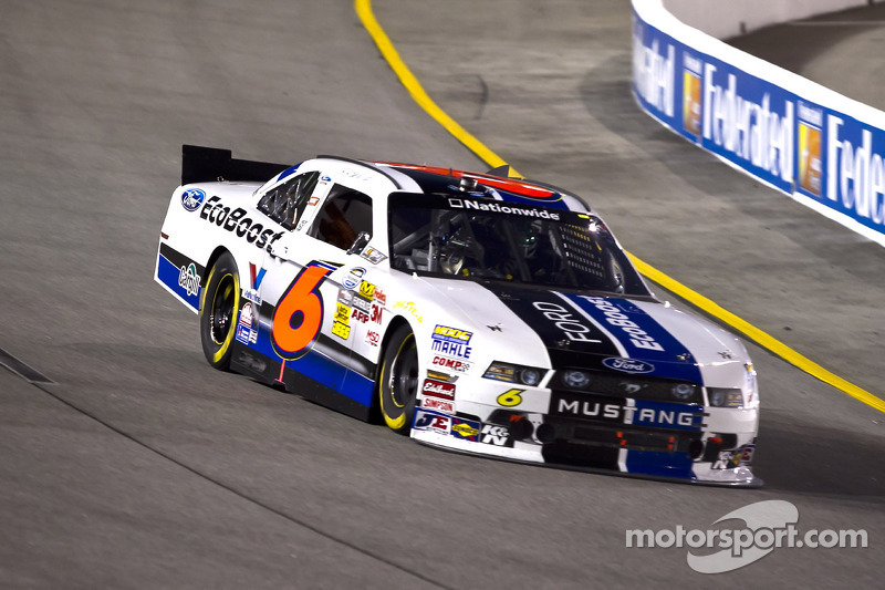 Stenhouse leads Ford drivers with a second at Richmond