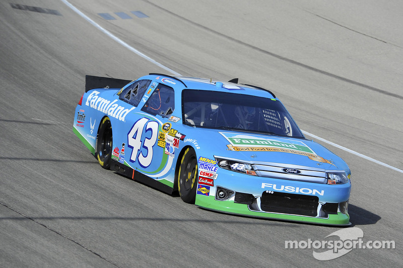 Aric Almirola looks forward to Dover 400