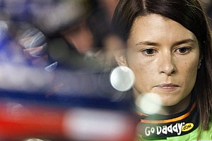 NASCAR Sprint Cup Preview Danica Patrick does not fear the concrete of Dover