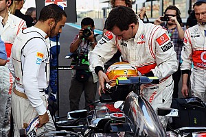 Hamilton puts racy initials on US GP helmet