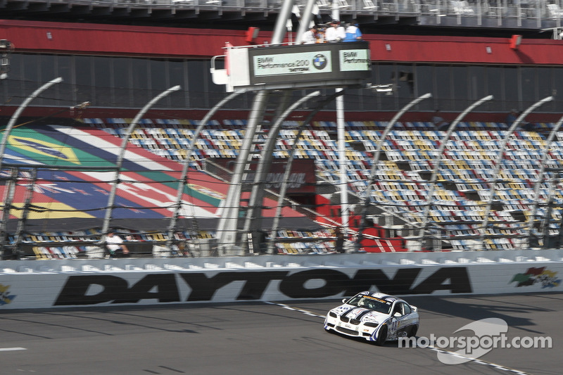 Fall-Line Motorsports faces adversity in SCC opener at  Daytona