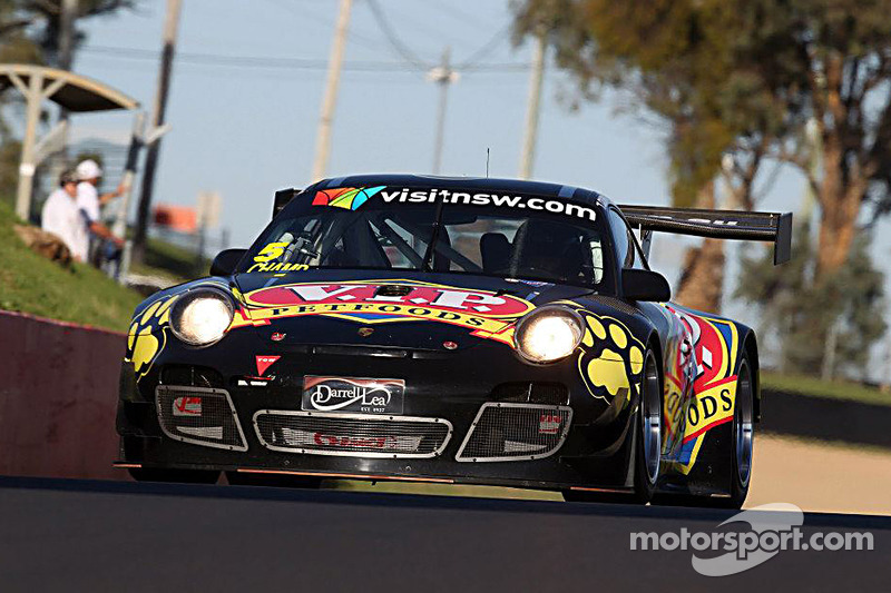 Reigning AGT Champion takes opening round honours at Bathurst