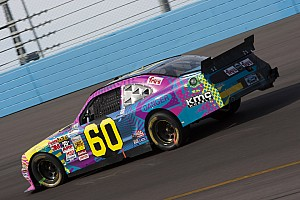 Pastrana finishes 28th in Phoenix after early accident