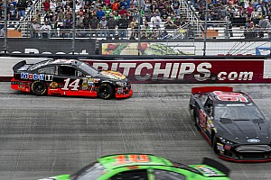 NASCAR Sprint Cup Race report No St. Patrick's day luck for Stewart at Bristol 500
