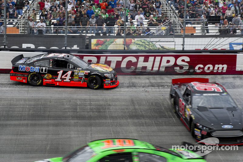 No St. Patrick's day luck for Stewart at Bristol 500