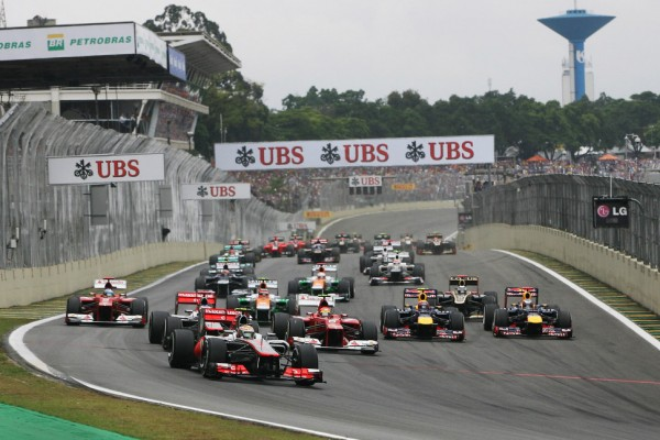 Interlagos could lose Brazil GP - Castroneves