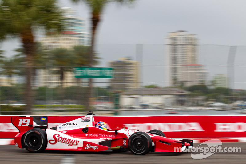 Justin Wilson qualifies 13th for the Grand Prix of St Petersburg