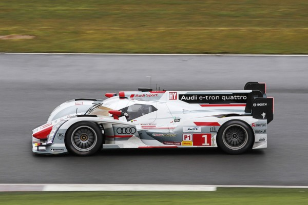 Audi's champions on top in free practice at Siverstone