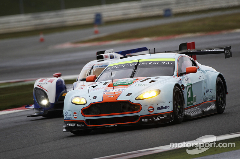Aston Martin dominates qualifying at Silverstone
