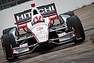Brazil's Castroneves on the lead for Sao Paulo Indy 300 race