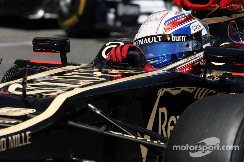 Lotus will not agree to Silverstone tyre debut