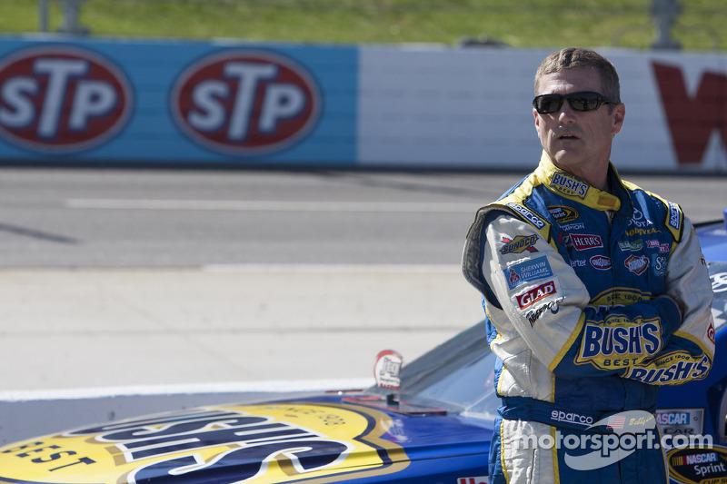 Bobby Labonte to race for Phoenix Racing at Michigan
