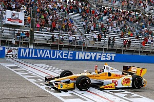 "IndyCar Commentary Lisa's Milwaukee IndyFest ""Back Talk"""