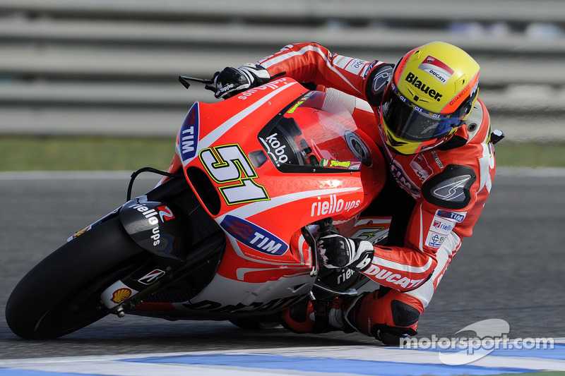 Respite from bad weather for Assen TT for Pirro