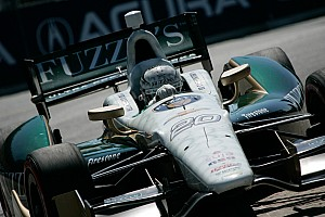 IndyCar Race report Carpenter suffers tough break at the end of Saturday's Toronto