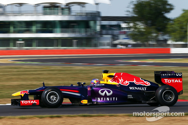 Ricciardo sets fastest time on day 2 of YDT at Silverstone