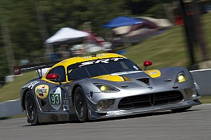 ALMS Qualifying report Viper GTS-R takes ALMS GT class pole at Mosport
