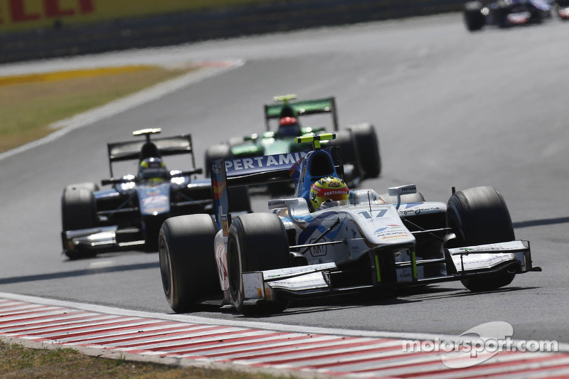 Rio Haryanto on the verge of points in both races at Hungaroring