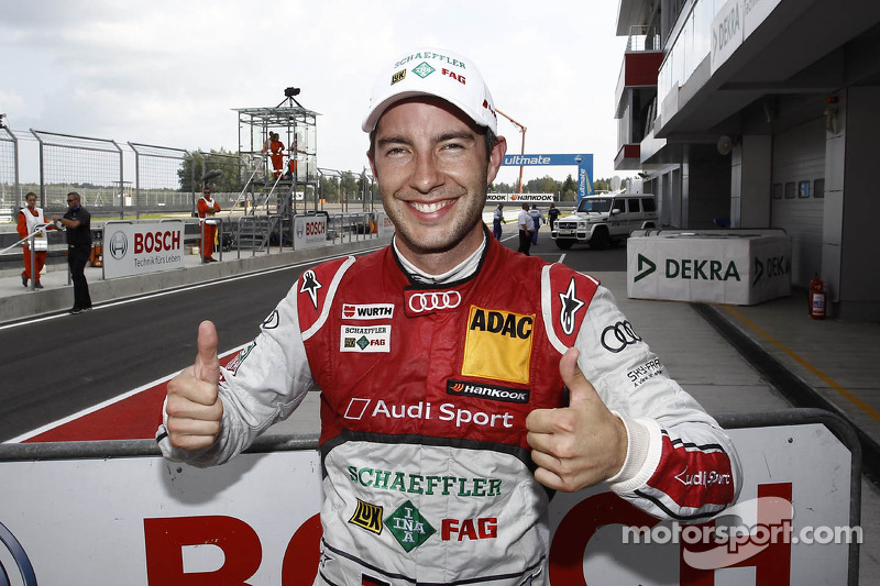 Rockenfeller is on pole for series premiere in Moscow