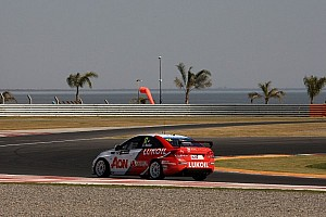 WTCC Qualifying report RML lands Argentina front row with Muller on pole, Chilton second